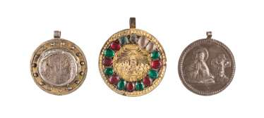 THREE PENDANTS WITH SAINTS, THE MOTHER OF GOD ACHTYRSKAJA AND THE LAST SUPPER