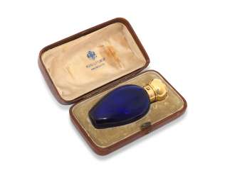A GOLD-MOUNTED COBALT BLUE GLASS SCENT BOTTLE