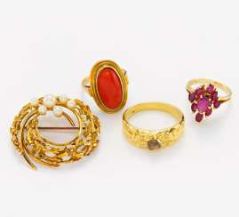 Group of Three color stone rings and pearl brooch