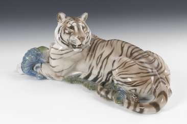 Tiger with peacock, ROSENTHAL