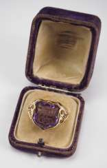 Seal ring EPP, in a case.