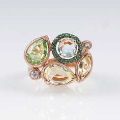 Gold Ring with color stone trim