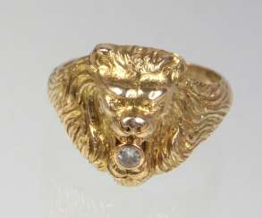 Lion's Head Diamond Ring - Yellow Gold 585