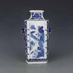Qing Dynasty Blue and white porcelain Character scene Ornamental bottle
