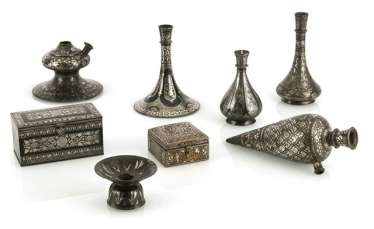 Two lidded boxes, three hookah saucers and three bidri vases with silver inlay