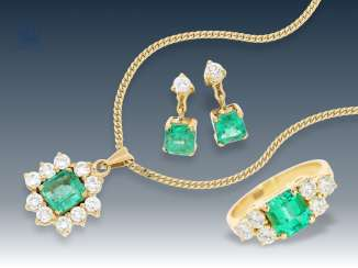 Necklace/earrings/Ring: high-quality jewelry with fine, probably Colombian emeralds and diamonds, vintage gold wrought work