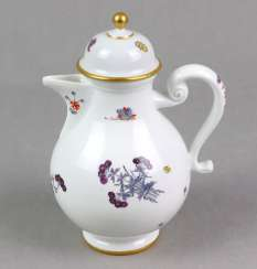 Meissen early jug around 1735