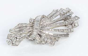 Elegant Diamond Brooch