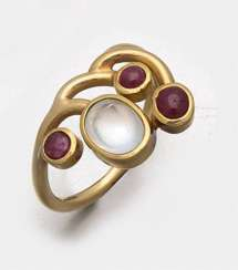 Moonstone ring by Johanna-Irene Stiefel from the 90s