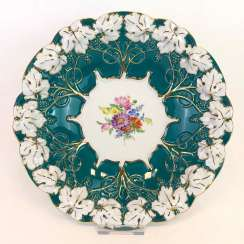 Exceptional Ceremonial Plate: Meissen Porcelain, Russian Green, Flower Bouquet, Gold. Very good.
