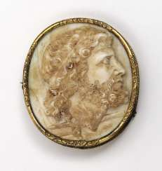 Gem with profile view of Neptune with trident gold mount around 1860