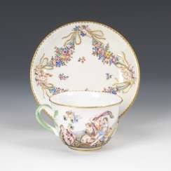 Cup with Capodimonte decor