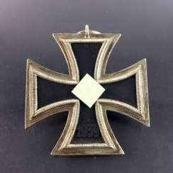 German Reich: Iron cross second class 1939, maker 25: Hanau.