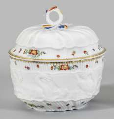 Candy dish with Swan service-decor