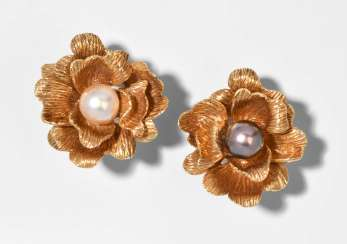 Chaumet Culture Pearl Clip-On Earrings