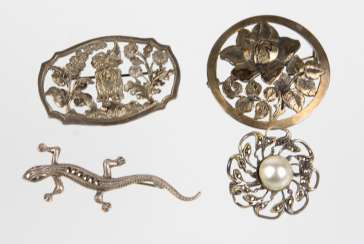4 brooches