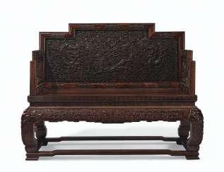A MAGNIFICENT IMPERIAL CARVED ZITAN 'DRAGON' THRONE