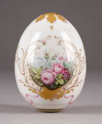 LARGE EASTER EGG WITH FLORAL CARTRIDGES Russia