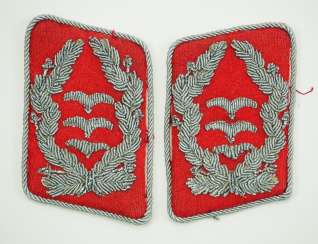 Luftwaffe: Pair of collar tabs for a captain of the anti-aircraft artillery.