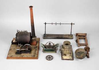 Large steam engine with accessories