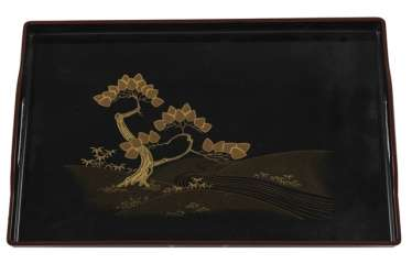 Tray with gold lacquer decoration of a pine tree on a river on a black background