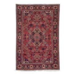 Orient carpet. DSCHOOGHAN/Central Persia, around 1910/20, approx. 210x138 cm.