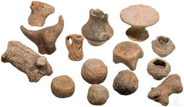 Fourteen Neolithic miniature vessels and animal figurines, Southeast Europe, the Vinča culture, 5. Millennium before Christ