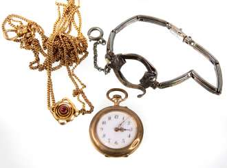 Art Nouveau watch with chain 1900's