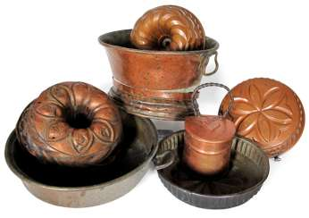 GROUP OF COPPER COOKWARE, COWL-