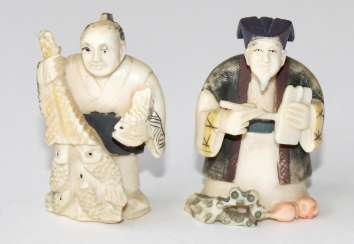 Netsuke painter & student