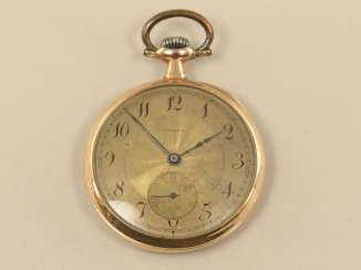 Pocket watch: gold man's pocket watch from Omega from the art Nouveau period