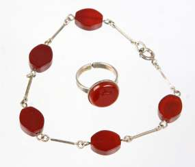 Bracelet and Ring with carnelian