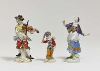 Violinist, ballerina and Amoretto in disguise as a harlequin