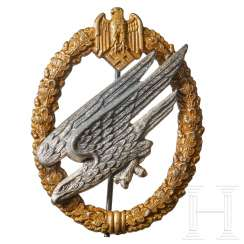 An Army Paratrooper Badge