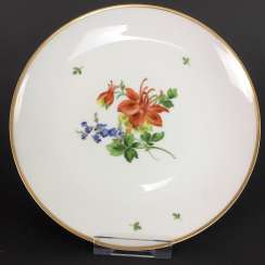 Institutional / Wall Plate: Porcelain Adorns. Decor flower 2, gold edge, very good.