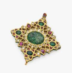 Mughal pendant with diamonds, emeralds and rubies Northern India, probably Oudh (today Avadh), Lucknow (today Lucknow), 1st half of the 19th century