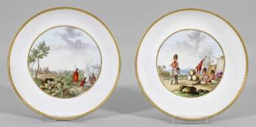 Pair of bowls with Bataille scenes