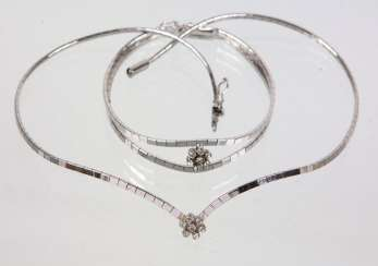 Necklace & bracelet with cubic Zirconia flower