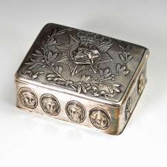 Small silver tin with Reliefs of Friedrich