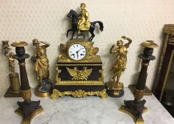Mantel clock Napoleon, the beginning of the XIX century