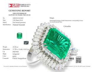 Ring: a platinum ring with a Colombian emerald of exceptional quality, diamond encrusted, emerald of almost 20ct, with GRS Expertise of 2019