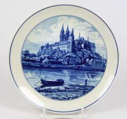 Meissen View Plates *The Albrecht Castle*