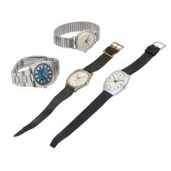 Set of 4 Vintage watches,