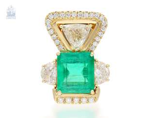Trailer: extremely high-quality goldsmith's brilliant pendant with a large emerald, and diamond/trim, unique, handmade, approx. 9,14 ct
