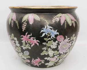 TONGHZI VASE/PLANTER, pottery, Qing dynasty, China, probably 19th century. Century