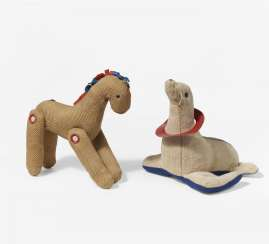 Two toy animals: seal and horse