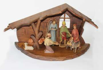 Christmas Nativity u -pyramid
