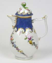 Meissen coffee jug, around 1750