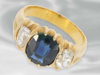 Ring: a very beautiful antique Ring with sapphire and diamonds, total approx. 2,68 ct, 18K yellow gold