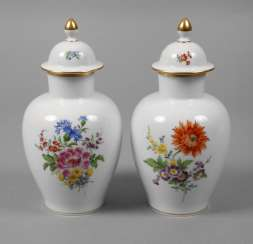 Meissen Pair Of Cover Vases Of Flowers Painting